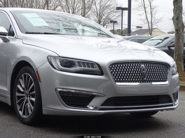 Pre-Owned 2017 Lincoln MKZ Select