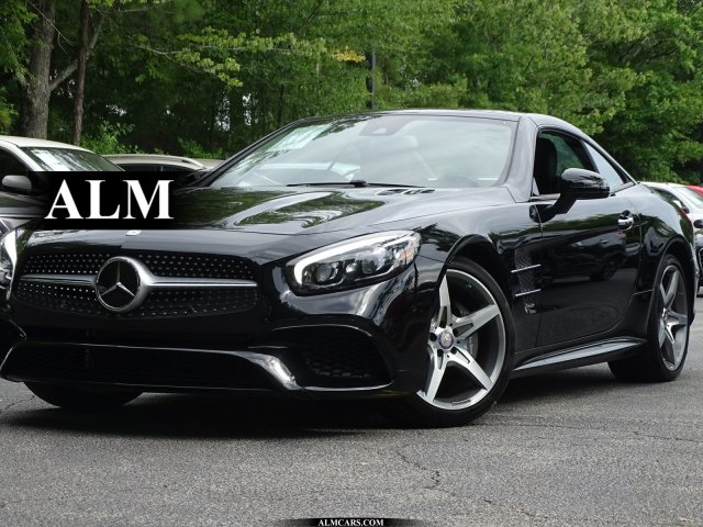 Pre-Owned 2017 Mercedes-Benz SL SL 550